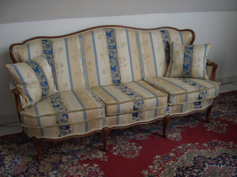 wagner polsterei heidelberg m bel befederung m belst ck neu beziehen mobiliar frankfurt. Black Bedroom Furniture Sets. Home Design Ideas